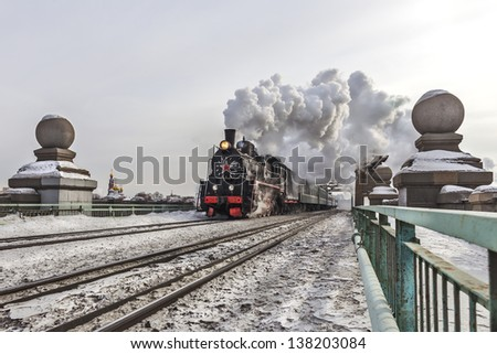 soviet steam locomotive
