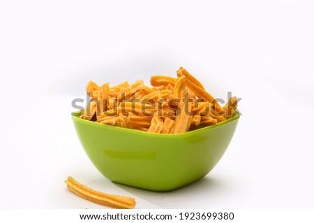 soya stick namkeen in green bowl with white baground Stok fotoğraf ©