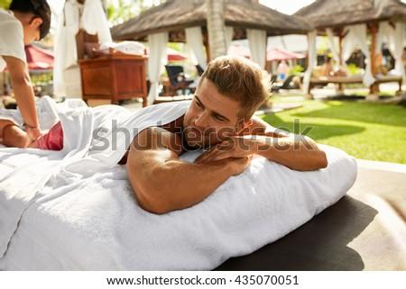 www gay massage topløse modeller