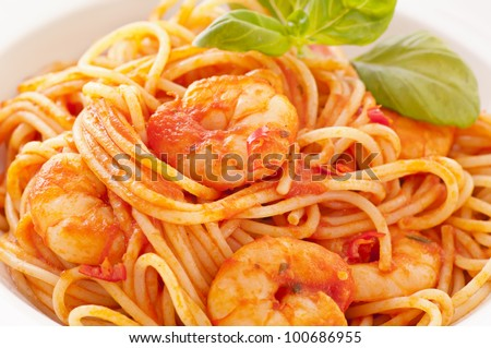Spaghetti diablo with prawns