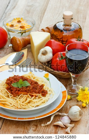 Spaghetti on the table