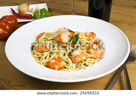 spaghetti pasta meal with prawns