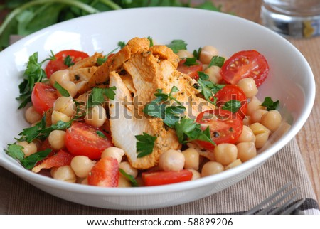 Spanish chicken and chickpea salad