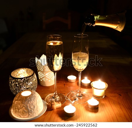 Sparkling candle light dinner