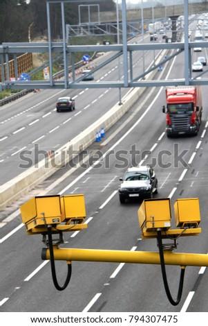 speeding cameras overlooking the motorway