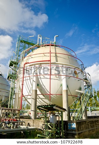 spheres tank and blue sky in petrochemical plant