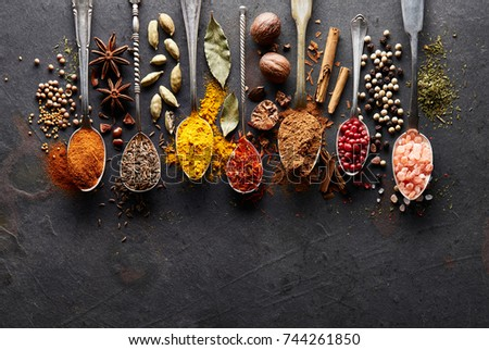 Spices on a graphite board