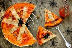 Spiderweb Pizza - fun and easy food for kids on Halloween top view