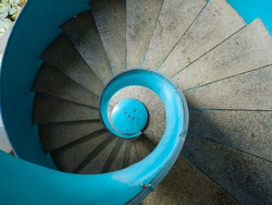 spiral stairs, cockle stairs, rotate, top view, bird view
