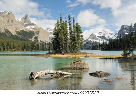 Spirit Island - Jasper National Park - Canada