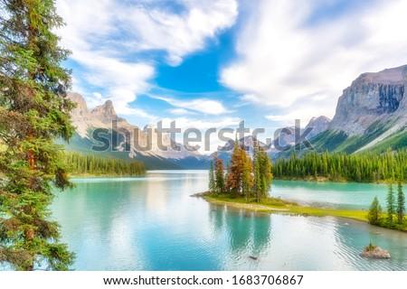 Photo of  Spirit Island, Maligne Lake, Jasper National Park, Canada. Idyllic landscape