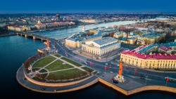 Spit of Vasilyevsky Island. St. Petersburg. Neva River. Summer view of Petersburg. Exchange. Rastral columns. The Cabinet of Curiosities. The Palace Bridge.