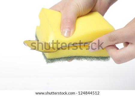 Sponge clean spoon