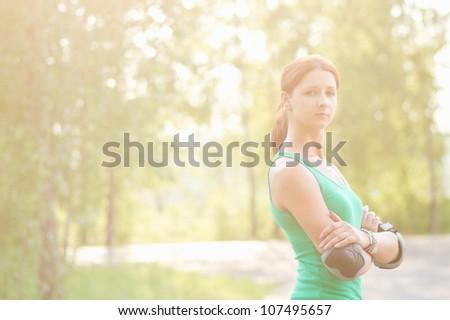 Sporty beauty girl in park