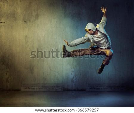 Sporty hip-hop dancer jumping Сток-фото ©