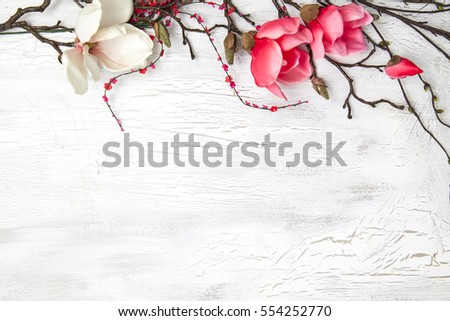 spring background with nice flowers on white wooden subsoil Stok fotoğraf ©