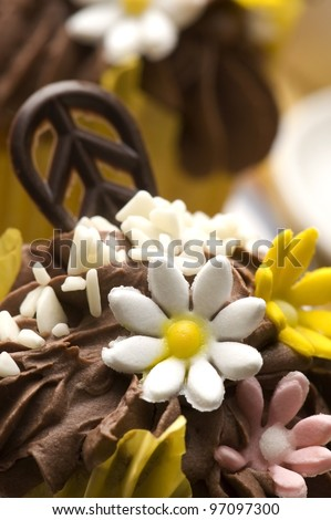 Spring muffins decorated with flower petals with tulips