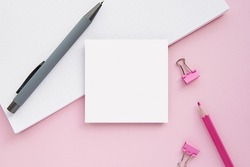 Square notepad, memo pad mockup, sticky notes mock up, pink background, flat lay.