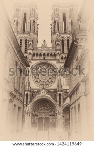 Square of the Cathedral in Laon (Aisne) Foto stock ©