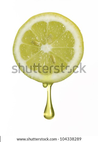 Squeezing fresh lemon,lemon drop.