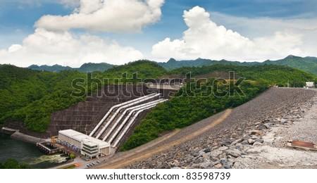Srinakarind dam, Thailand