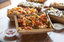 Sriracha Flavour poutine french fries