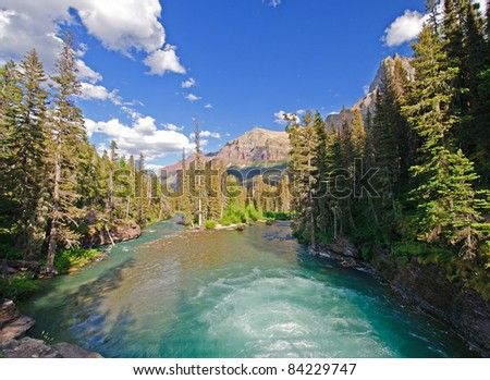 St Mary River in Glacier National park in Montana