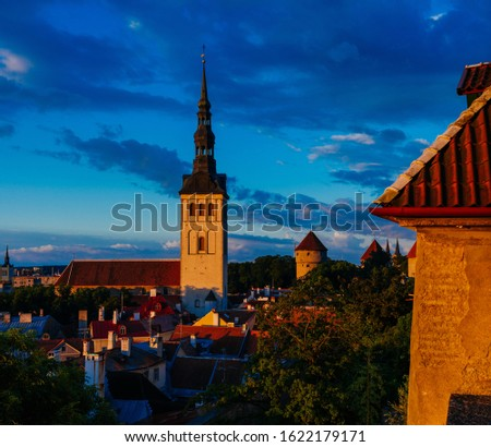 St. Nicholas Church in medieval Tallinn old town, Estonia Photo stock ©