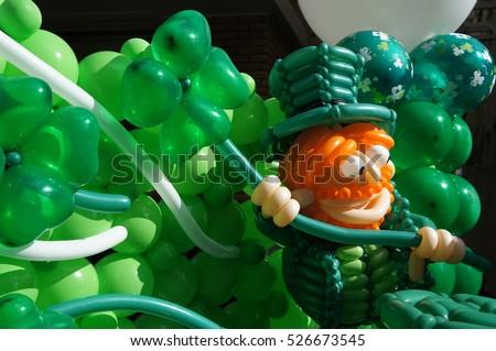 St. Patrick's Day balloon art