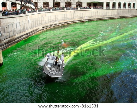 St. Patrick's Day - Dyeing the Chicago River