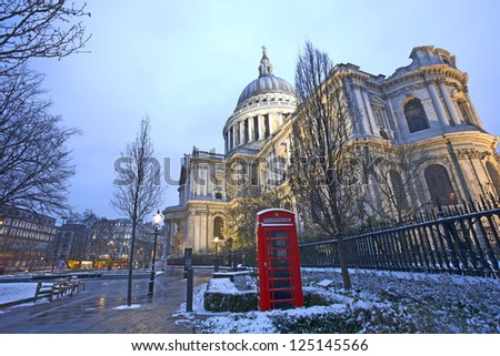 St Paul's Cathedral, locates at the top of Ludgate Hill in the City of London, and red phonebooth