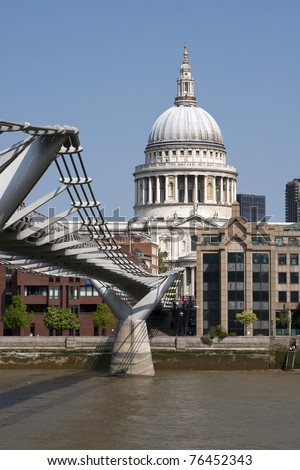 St Paul's Cathedral, view from Millennium bridge