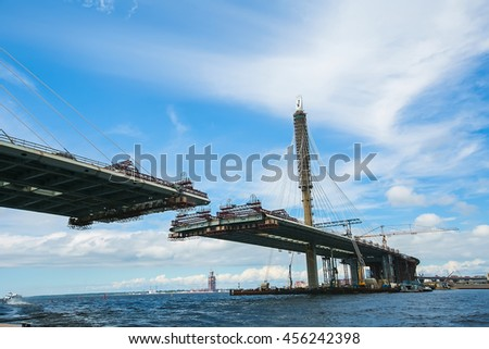 ST. PETERSBURG, RUSSIA : Construction of the bridge across river Neva as part of the Western High Speed Diameter. This toll highway will connect the southwest of city with the Ring Road stock photo