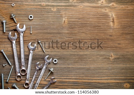 Stainless steel wrench set and bolt