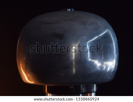 Static electricity generator