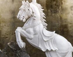 Statue horse sculpture