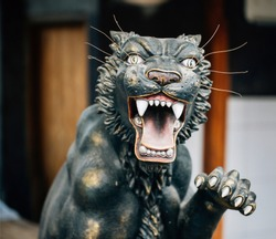 Statue of Black Panther Attacking