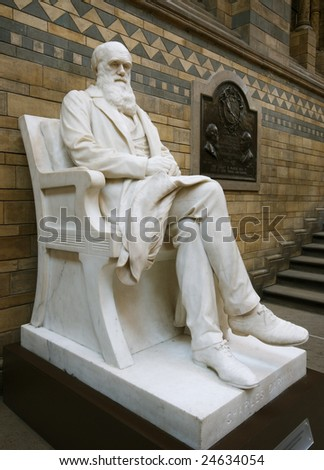 Statue of Charles Darwin, Natural History Museum, London.