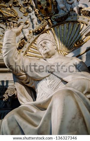 Statue of Pope Leo X by Bartolomeo Bandinelli in Florence - in Palazzo Vecchio (Old Palace) - 1st Floor - Salone dei Cinquecento 1494.