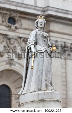 Statue of Queen Anne in front of St Paul's Cathedral, London, UK