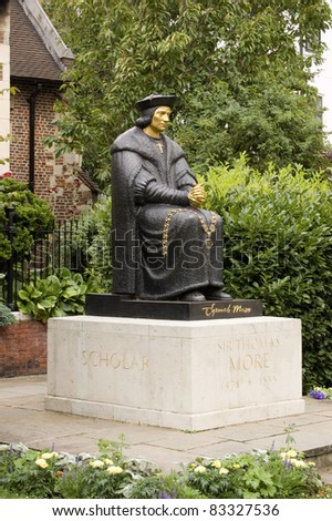 Statue of the Tudor politician Sir Thomas More (1478 - 1535) considered by Catholics to be a Saint. Chelsea Embankment, London.  Sculpted by L Cubitt Bevis, erected 1969. Stock fotó ©