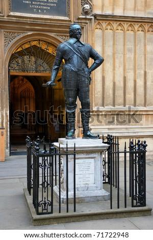 Statue of William Herbert, 3rd Earl of Pembroke. Bodleian Library, Oxford, UK