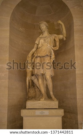 Statues, applied monuments placed on facades and by the squares of European cities #1371442811