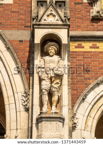 Statues, applied monuments placed on facades and by the squares of European cities #1371443459