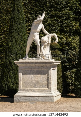 Statues, applied monuments placed on facades and by the squares of European cities #1371443492