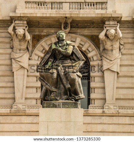Statues, applied monuments placed on facades and by the squares of European cities #1373285330