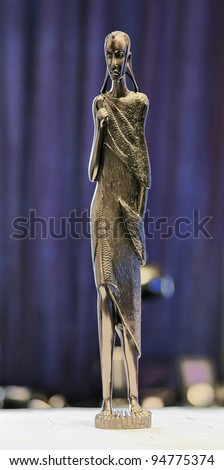 Statuette of a woman the masai tribe curved from ebony - Tanzania