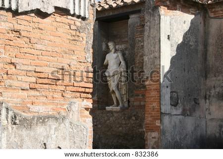 Statute in Pompeii, Italy.