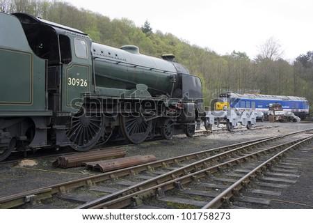 STeam and diesel undergoing restoration