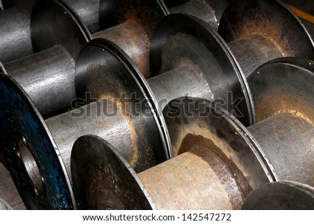 Steel bibins for aluminum wire #142547272
